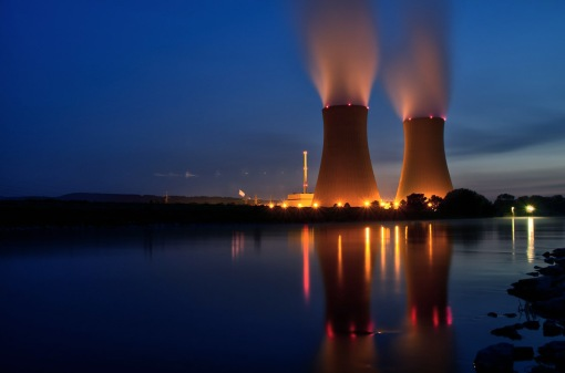 nuclear-energy-plant-WolfgangStemme-pixabay